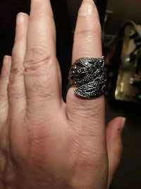 Sterling silver ring size 6 Calgary, T3B 0C6