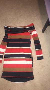 Red, black, and white striped dress 3144 km