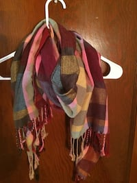 red,gray and brown plaid scarf Nampa, 83651