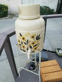 white and yellow floral ceramic vase Ontario, 91764