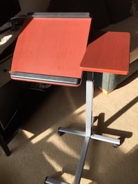 Portable desk fully adjustable Victoria, V8V 1E4