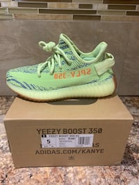 Yeezy boost 350 v2 sz5 Dearborn Heights
