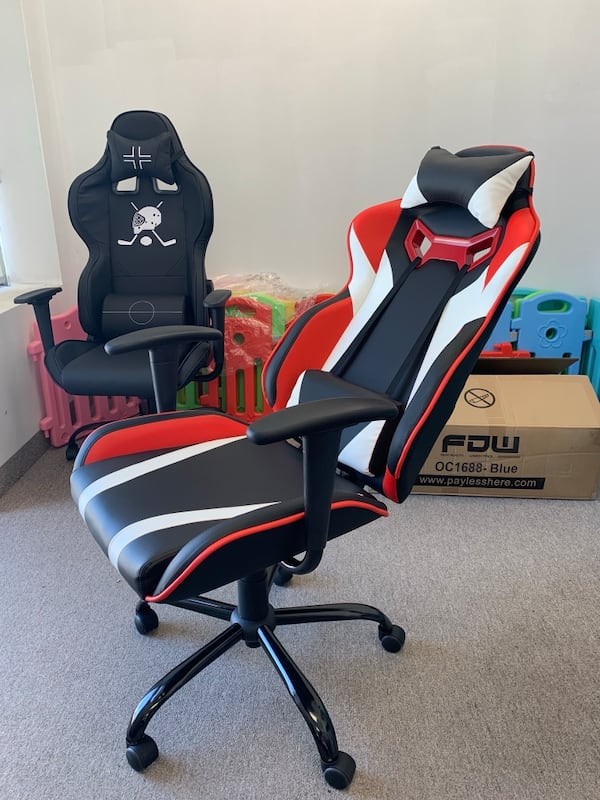 Black white red gaming chair with recliner a3d3399f-002d-4e62-b797-993fce7a14ad