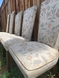 Dining table chairs (5)