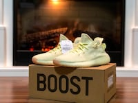 Butter Yeezy's size 8 DS Surrey, V4N 5W3
