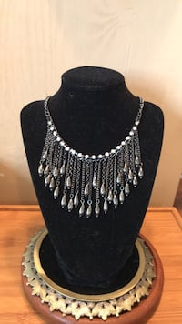 black and silver beaded necklace Gainesville, 20155