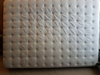 Sealy solid foam mattress Red Deer, T4N 4Z5