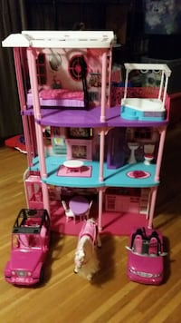 pink and purple doll house Hendersonville, 37075