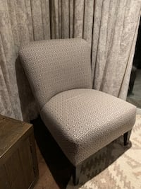 Gray and black padded accent chair Toronto, M3H 1C1