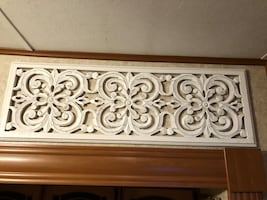 White washed wall decoration