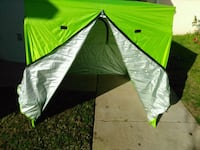 Tent pop up fully enclosed with carry sttap Modesto