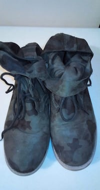 FOREVER 21 Camo Ankle Boots: Size 7 Toronto, M6G