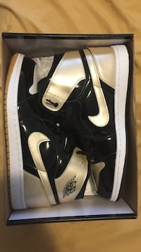 Gold toe ones jordan 1's Milton, L9T