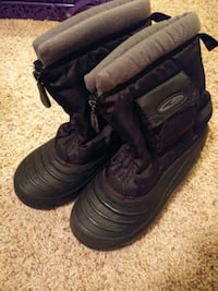 Thermolite Boots size 2