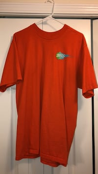 BOSS T-shirt Size Large Charlotte, 28262