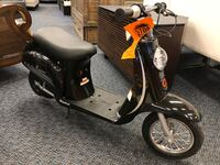 New Razor 24v Black Electric Moped w/ Charger  Virginia Beach, 23462