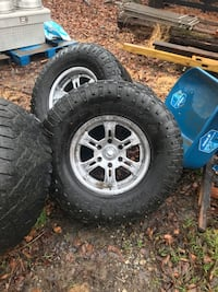 Weld Rims with tires  Sussex, 07461