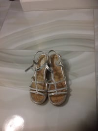pair of brown-and-gray leather cork wedge sandals Surrey, V3T 3G4