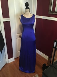 Royal blue evening dress size 6 Oakville, L6H 1Y5