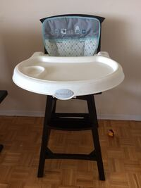 baby's white and black highchair Toronto, M1T 3P4