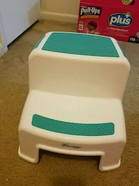 2up step stool Greenbelt, 20770