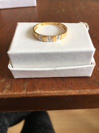 Small 10k Gold 3 Diamond Ring size 7