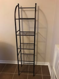 Metal shelf storage rack like new 4.5 ft Mississauga, L5A
