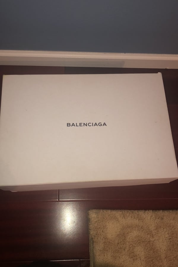 Balenciaga speed trainer size 11 fits 10-11 1
