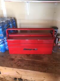 Red Snap On tool box Barrie