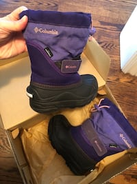 Kid girl snow boot Columbia size 9 列治文山, L4E 4C9