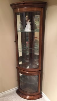 Curio Display Cabinet complete with 175 dollar Royal Daulton Doll Springwater, L9X