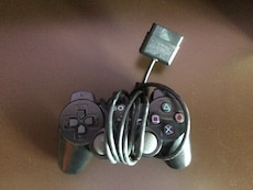 black Sony PS2 controller