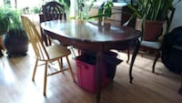 Dining room table and chairs Colorado Springs, 80922