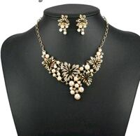 necklace and earrings set statement  Brampton, L6S