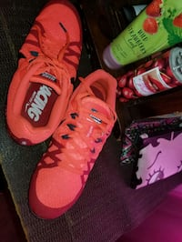 Ladies track/ running shoes