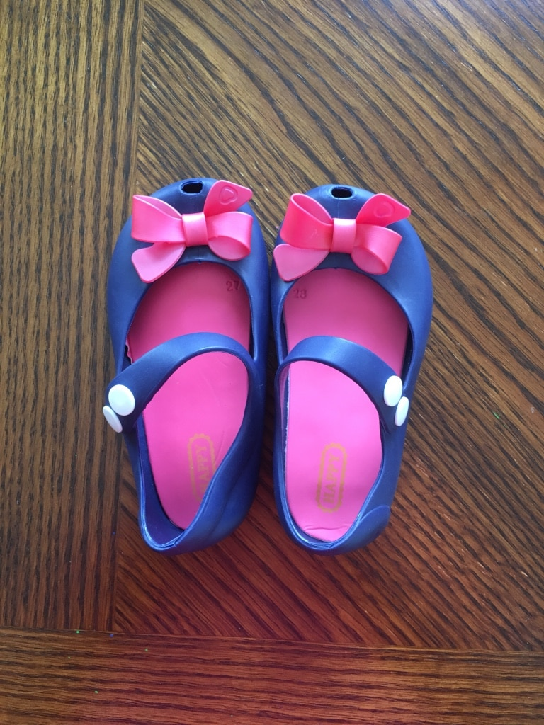 Photo New Navy jelly shoes with bows