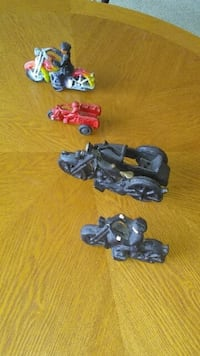 4 toy reproduction motor cycles  FOLEY