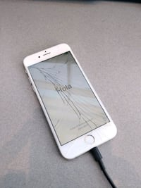 iPhone 6 silver, model A1586 Prince George, 23875