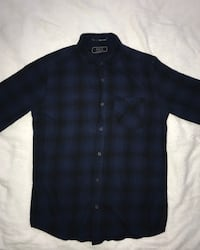 blue and black plaid button-up shirt(size S)