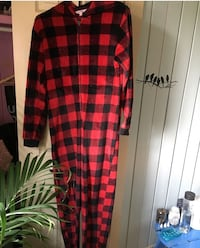 black and red checked zip-up blanket sleeper Calgary, T3E 2S7