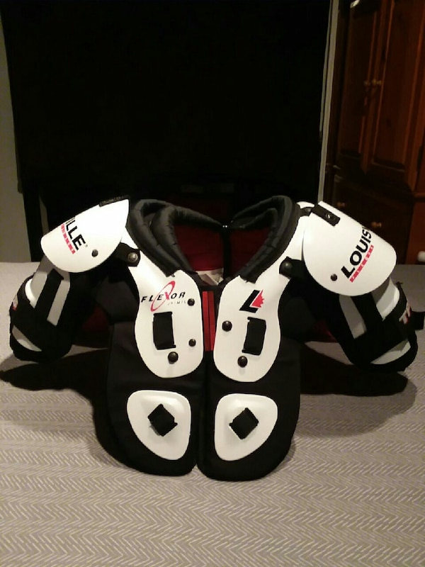 353aed9a17cb Used Louisville TPS Flexor Hockey Shoulder Pads for sale in Oakland ...