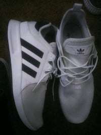 pair of white Adidas low-top sneakers Anaheim, 92802