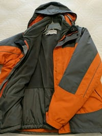 Mens Large Columbia 3 in 1 coat.   Mount Vernon, 98274