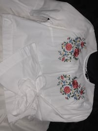 white and pink floral scoop-neck shirt Corbin, 40701