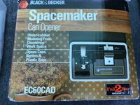 Black n decker under counter can opener mint in retail box Yucaipa, 92399