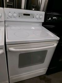 GE ELECTRIC STOVE WORKING PERFECTLY 4 MONTHS WARRANTY