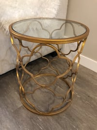 Beautiful gold end table Sherwood Park, T8H 1A9
