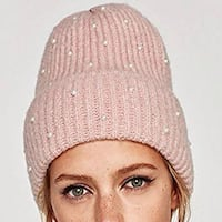 Pink beanie hat with pearls Montréal, H1K 2X9