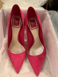 Christian Dior pink Suede pumps, size 5 Mississauga, L4Z 0A5