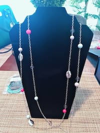 black and pink beaded necklace Fresno, 93722